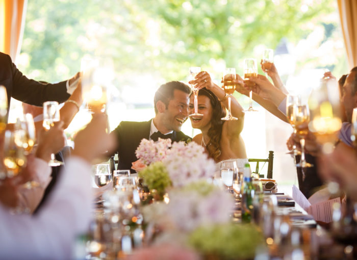 Tips for Toasts | Genevieve Nisly Photography | As Seen on TodaysBride.com