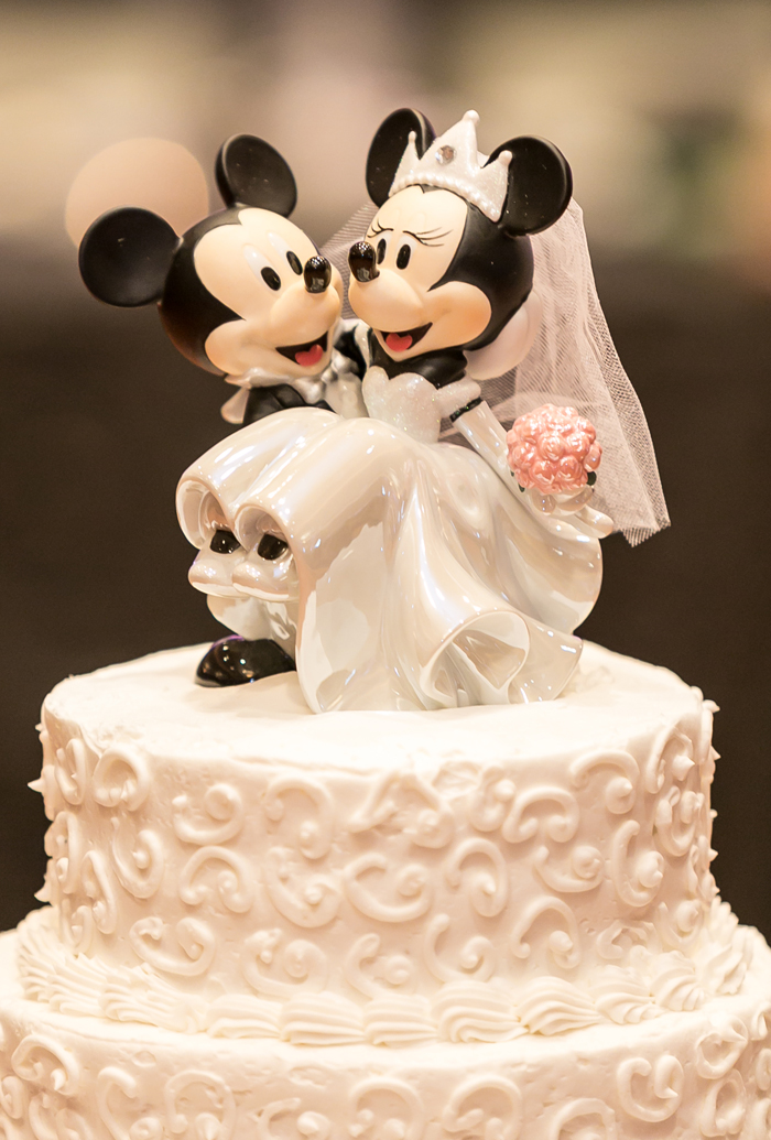 Wedding Cake Topper | LMAC Photography | As Seen on TodaysBride.com