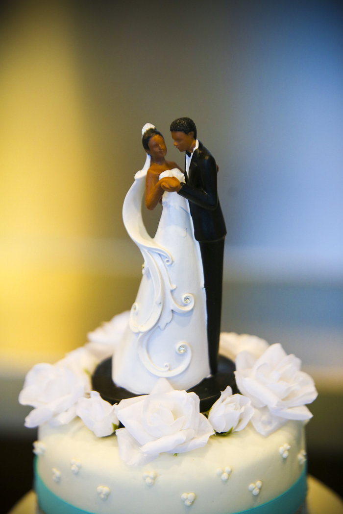 Wedding Cake Topper | JazzyMae Photography | As Seen on TodaysBride.com