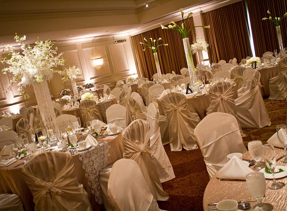 Hilton Akron Fairlawn Hotel & Suites