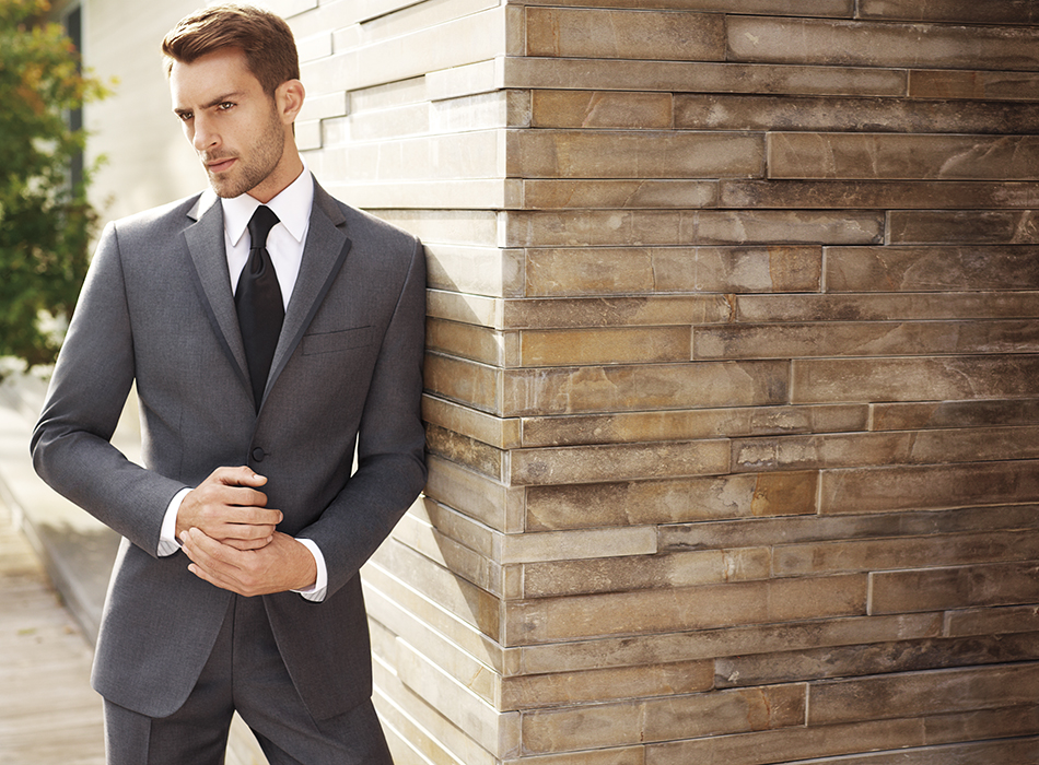 Find the best men's clothing—including men's suits, dress shirts, ties, shoes, slacks, sport coats, tuxedos and casual clothing—at Men'sWearhouse. On-site tailoring is also available - - professional tailors will use the finest materials and equipment that's available at every Men's Wearhouse.