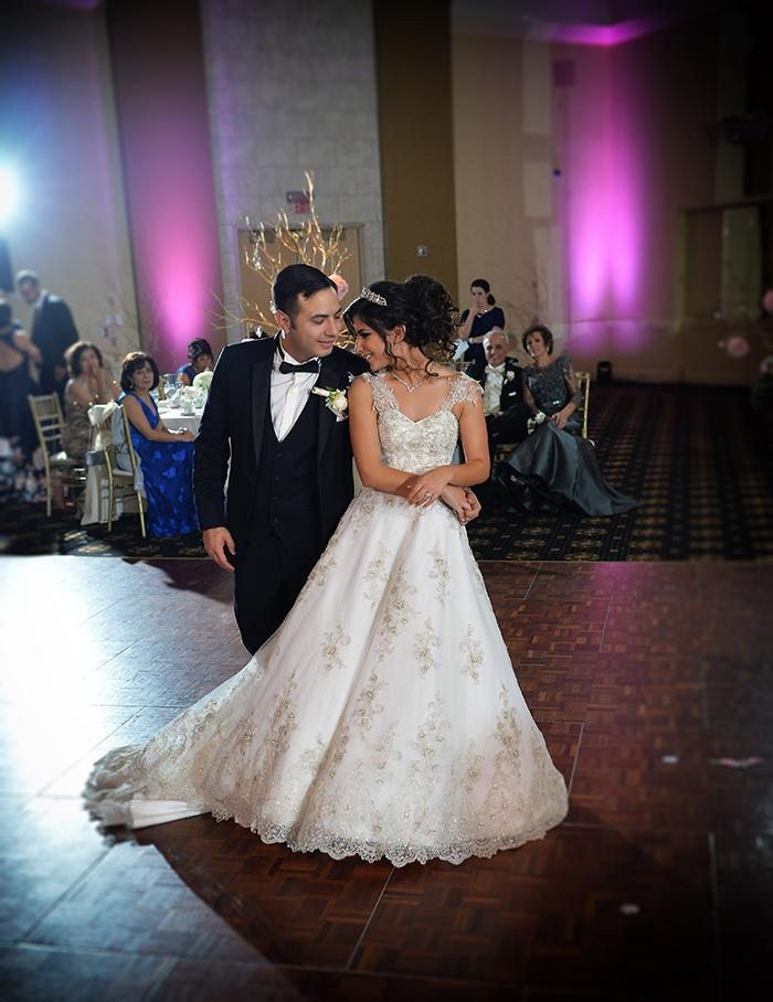 Jessica & Samir - Lovely LaCentre Wedding   Chris Smanto Photography   Real Ohio Wedding, cleveland wedding, blush and gold wedding, fairy tale wedding