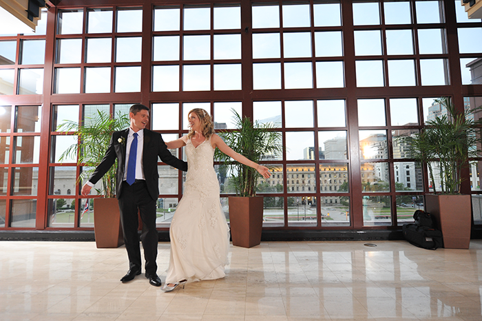 Katie & Steven - Cleveland Celebration | Chris Smanto Photography, real cleveland wedding as seen on TodaysBride.com