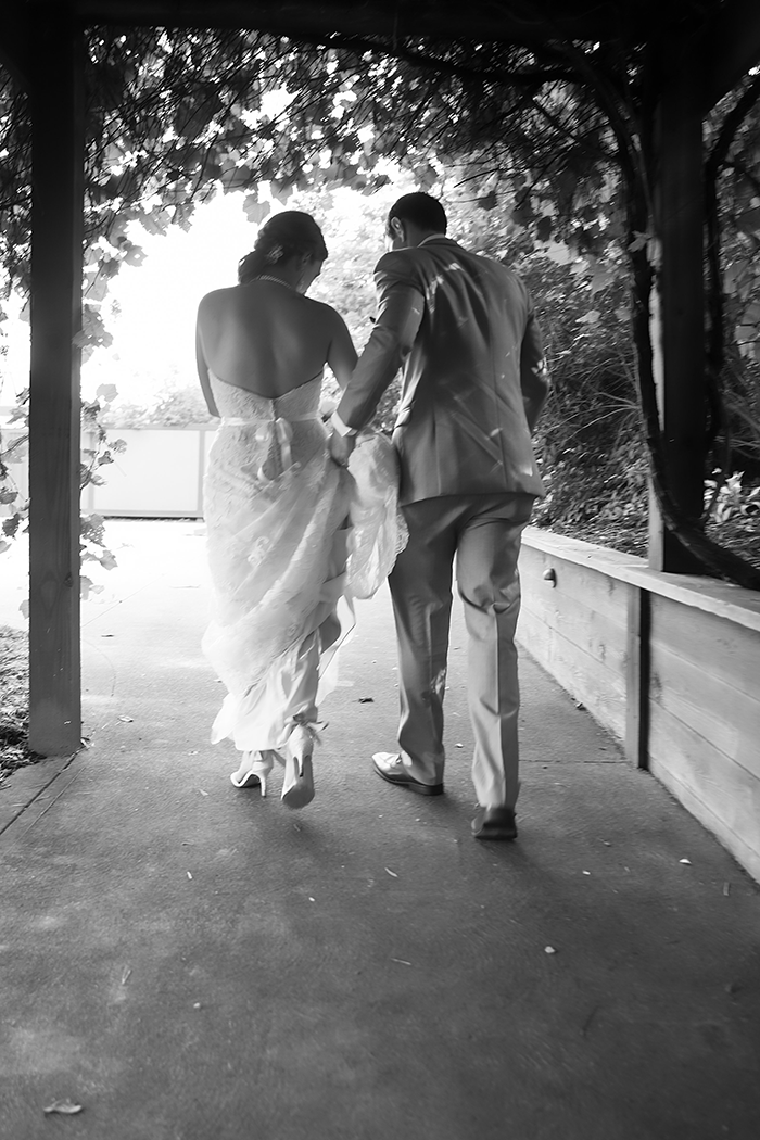 Jessica & David - Romantic Medina Wedding, real ohio wedding photographed by OH Snap! Photography, romantic vintage wedding as seen on TodaysBride.com