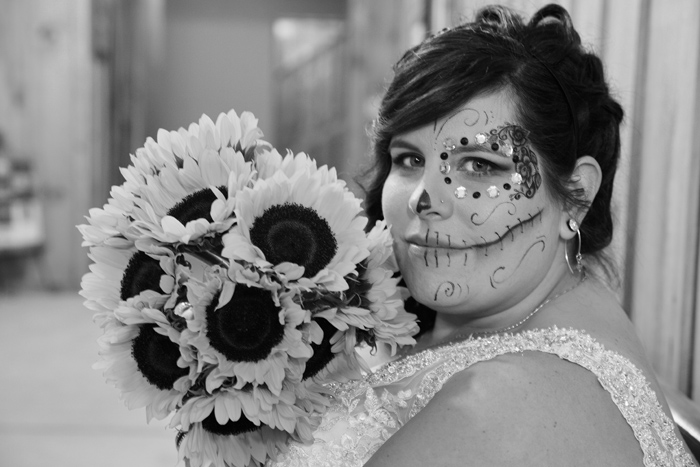 Halloween Wedding | Karen Menyhart Photography | As seen on TodaysBride.com