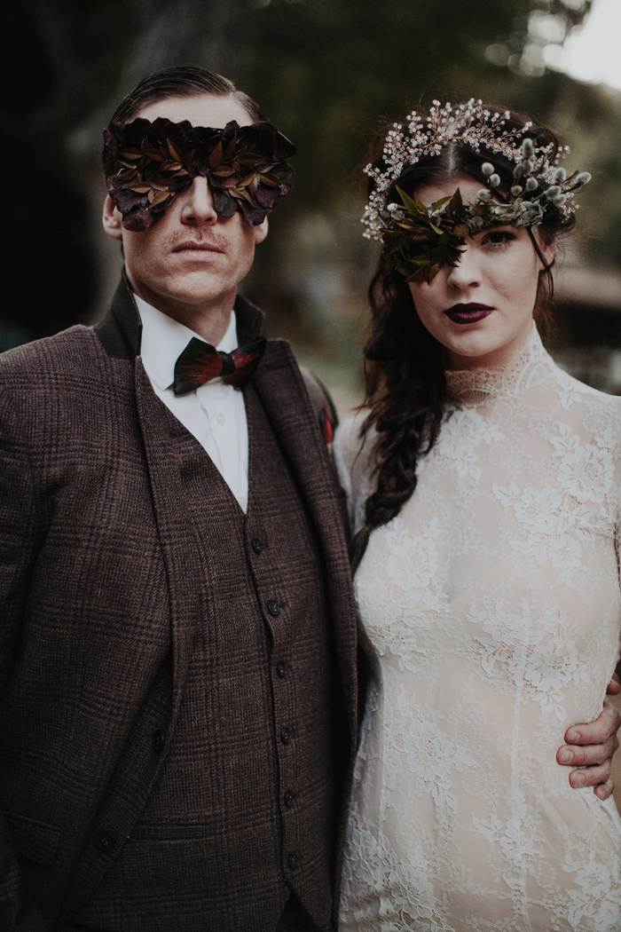 Halloween Weddings | Tyler Branch Photography | As seen on TodaysBride.com