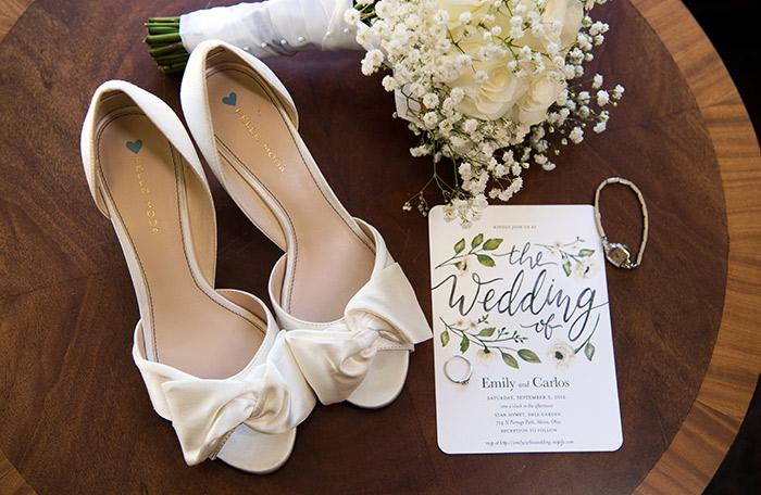 Emily & Carlos - Breathtaking Stan Hywet Wedding, Klodt photography in akron, ohio, black and white garden wedding