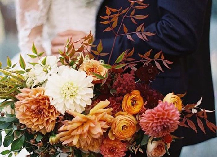 Fall Bouquet | Tec Petaja Photography | As seen on TodaysBride.com