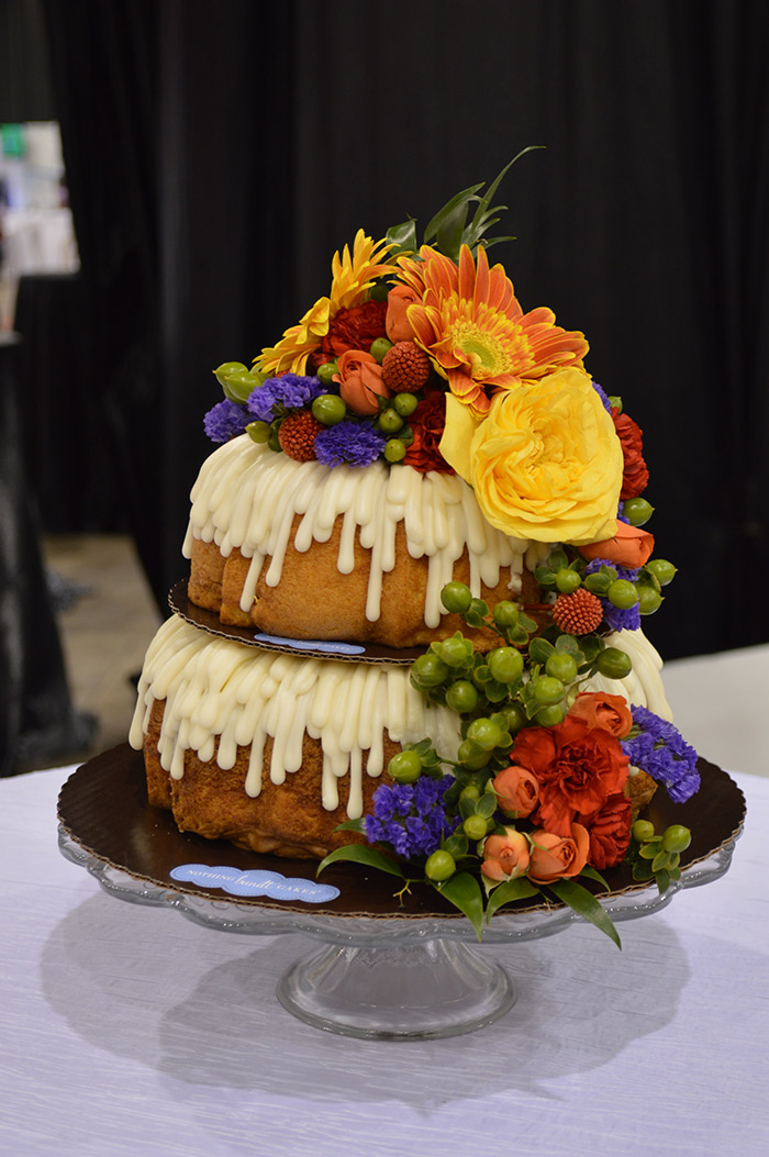 Wedding Cake Inspirataion from the Cleveland 2018 Today's Bride Wedding Show