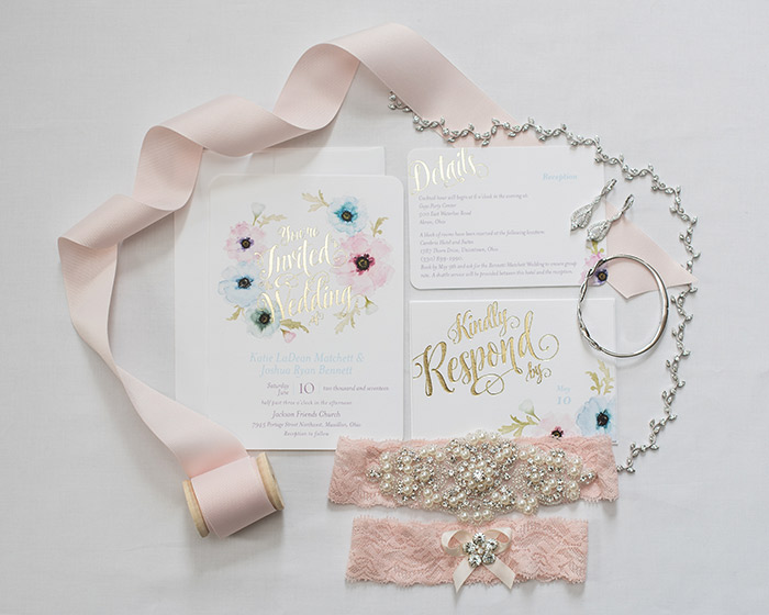 Katie & Josh's Pastel Wedding, Real Ohio wedding photographed by Sabrina Hall Photography. Pastel wedding color inspiration
