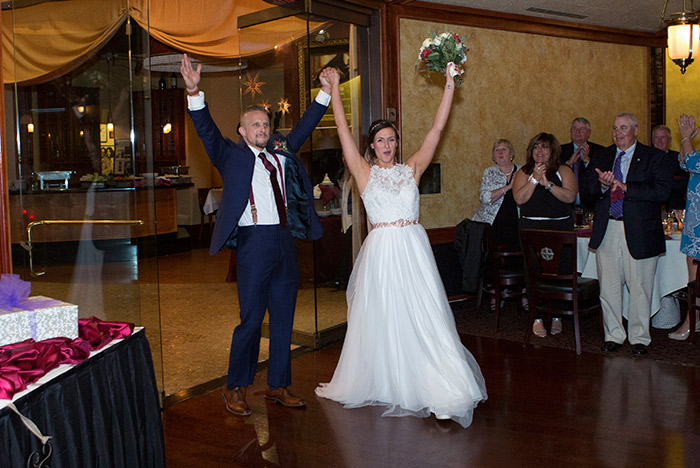 Katie & Justin - A CrossFit Connection - Real Ohio Wedding