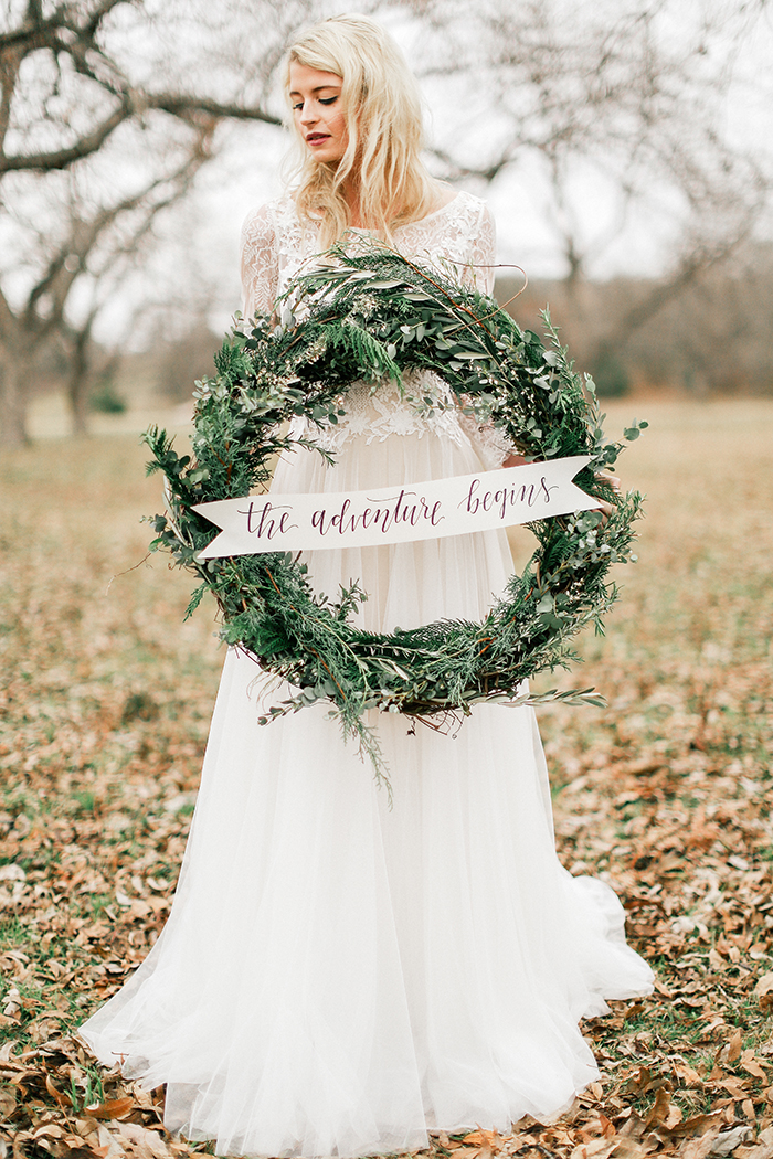 Woodsy Wedding|Feather and Twine Photography| As seen on TodaysBride.com