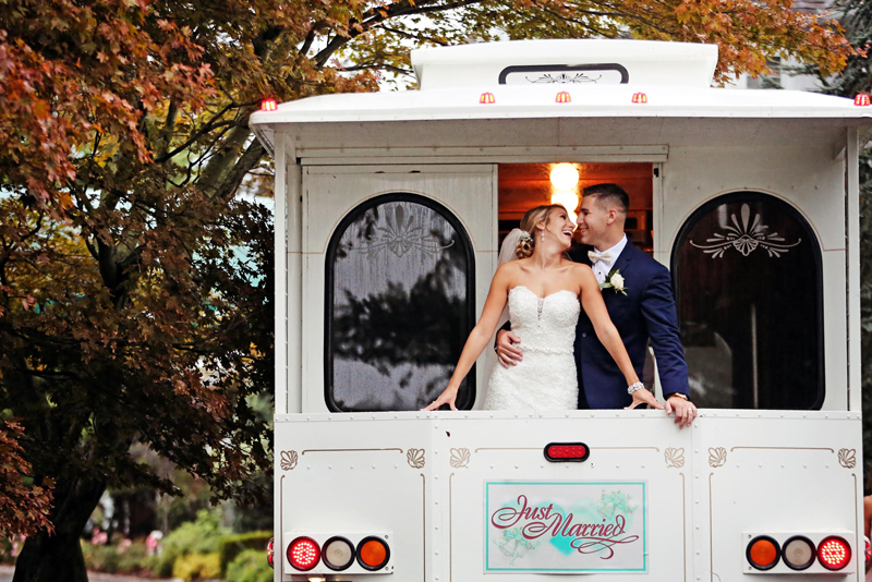 North Island Photography and Film | Trolly Leaving | As Seen on TodaysBride.com