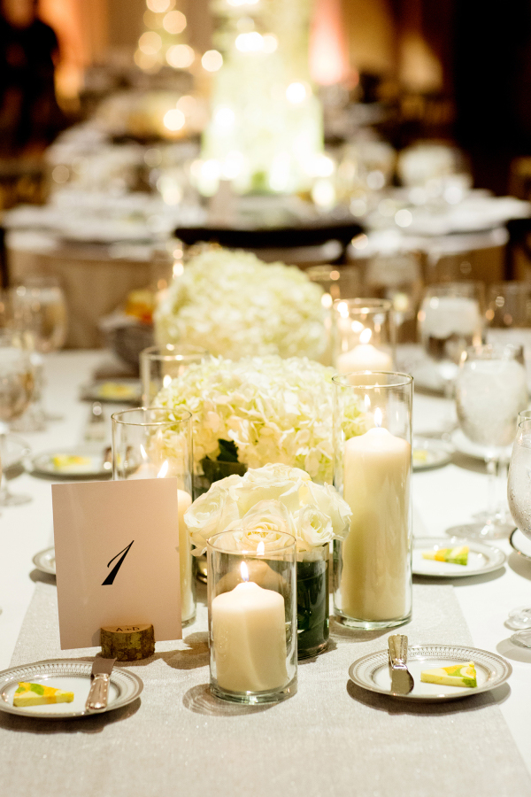 wedding lighting|Olivia Leigh Photographie| As seen on TodaysBride.com