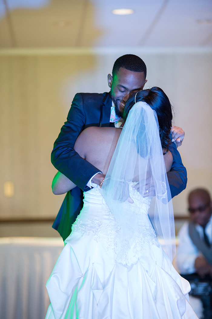 Lanetta & Ricardo - Truly Teal | Real Wedding | JazzyMae Photography and Karen Menyhart Photography | Teal wedding, aqua wedding,