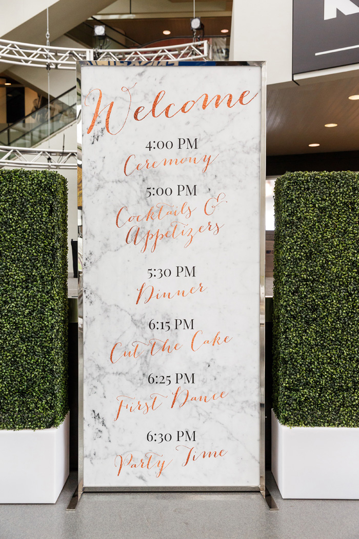 Wedding Sign | Genevieve Nisly Photography | As seen on TodaysBride.com