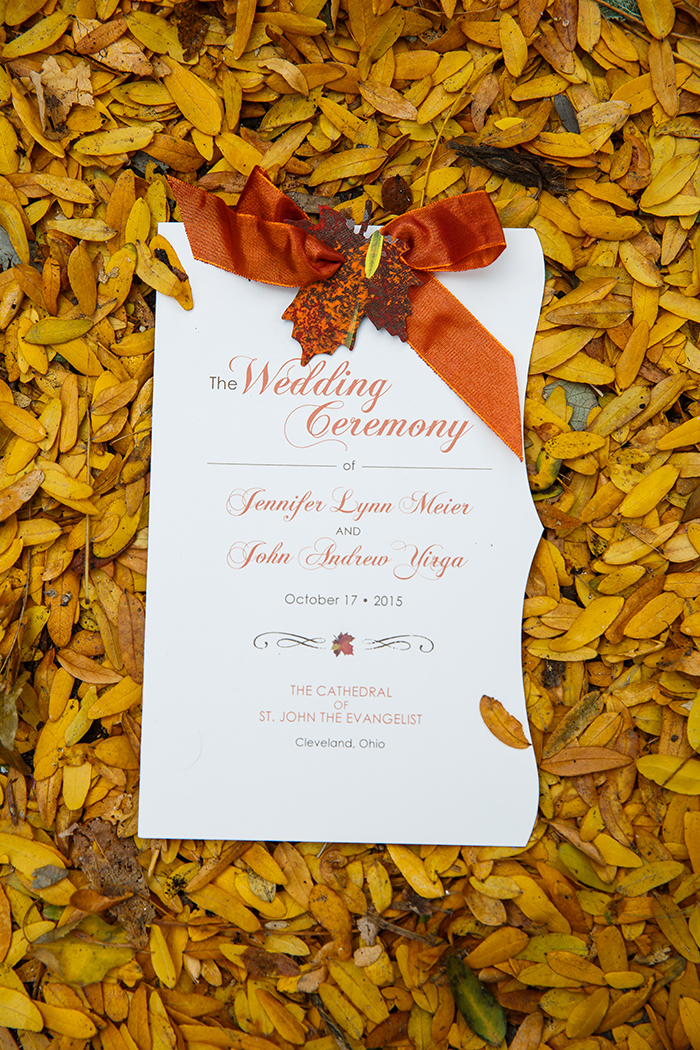 Jennifer & John - A Modern Fall Wedding | Genevieve Nisly Photography | TodaysBride.com Real Ohio Weddings, Fall wedding, fall wedding ideas, fall wedding colors, wedding invitations