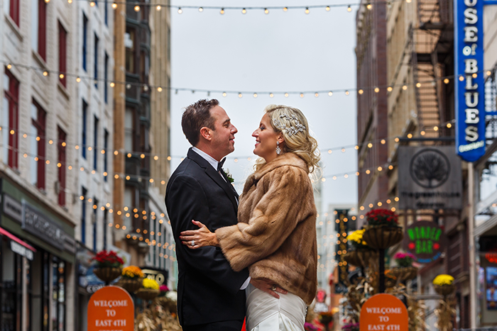 Jennifer & John - A Modern Fall Wedding | Genevieve Nisly Photography | TodaysBride.com Real Ohio Weddings, Fall wedding, fall wedding ideas, fall wedding colors, cleveland, cleveland wedding