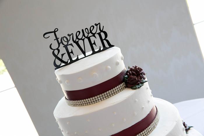 Wedding Cake Topper | Kay Photo & Design | As Seen on TodaysBride.com
