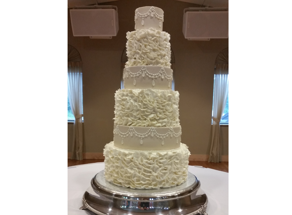 Tiffany's Bakery | As Seen On TodaysBride.com