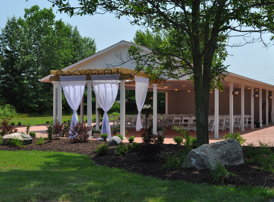 Ahern Banquet Center | As seen on TodaysBride.com