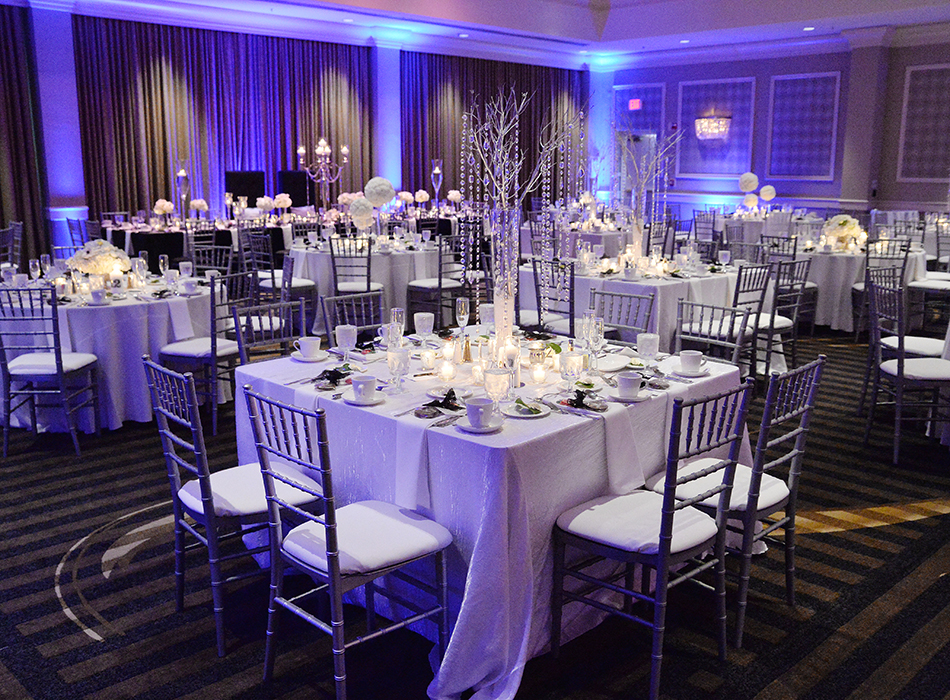 Hilton Hotel & Suites - Akron/Fairlawn | As Seen On TodaysBride.com