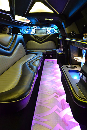 Statement Limousine | As Seen On TodaysBride.com