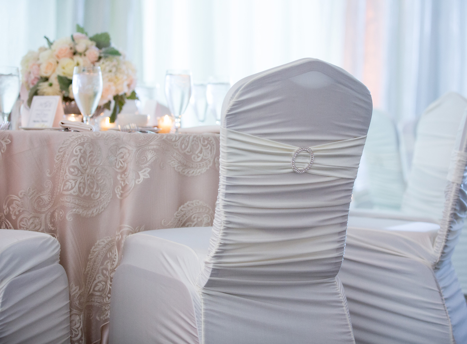 L'Nique Specialty Linen Rental | As Seen On TodaysBride.com