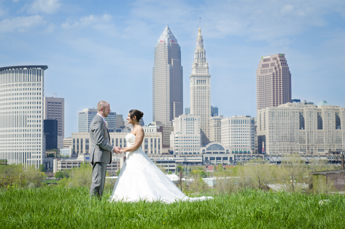 Cleveland Photo | KT Rae Photography | As seen on TodaysBride.com