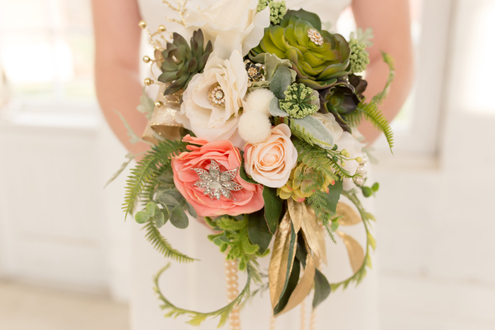 wedding flowers | Candid Canons | As seen on TodaysBride.com