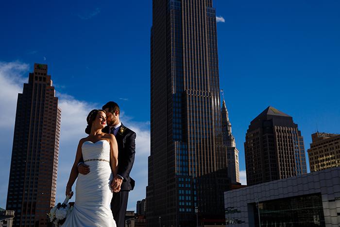 Lauren & Craig - Cleveland Skyline Wedding, Real Cleveland Ohio wedding as seen on Todaysbride.com, genevieve nisly photography, city wedding