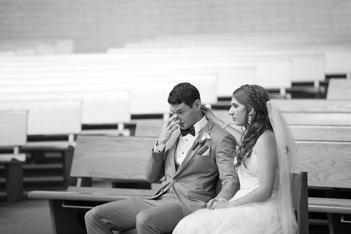 Jessica & David - Romantic Medina Wedding, real ohio wedding photographed by OH Snap! Photography, romantic vintage wedding as seen on TodaysBride.com