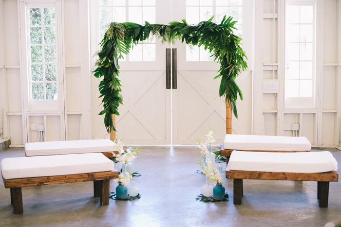Tropical Wedding | Krista Mason Photography | As seen on TodaysBride.com