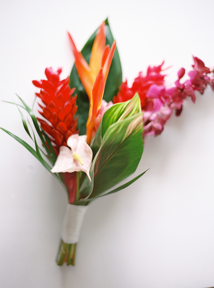 Tropical Wedding | Paula Player Photography | As seen on TodaysBride.com