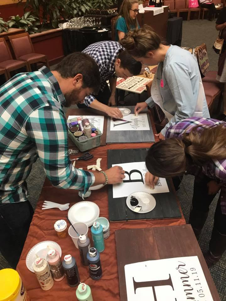 DIY Guestbook Workshop with Hudson Family Signs