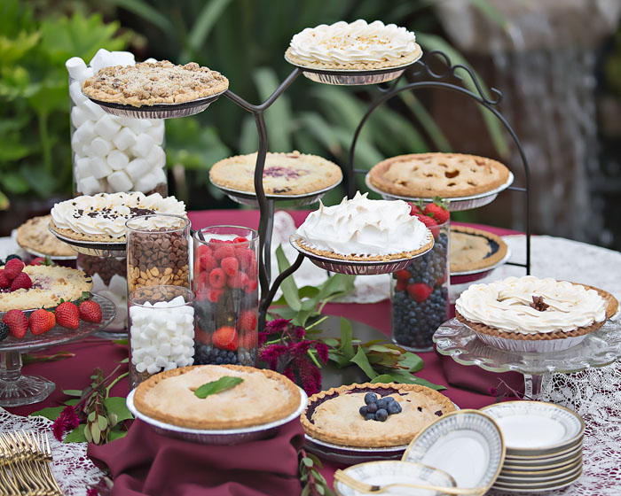 Wedding Pie   OH! Snap Photography   As seen on TodaysBride.com