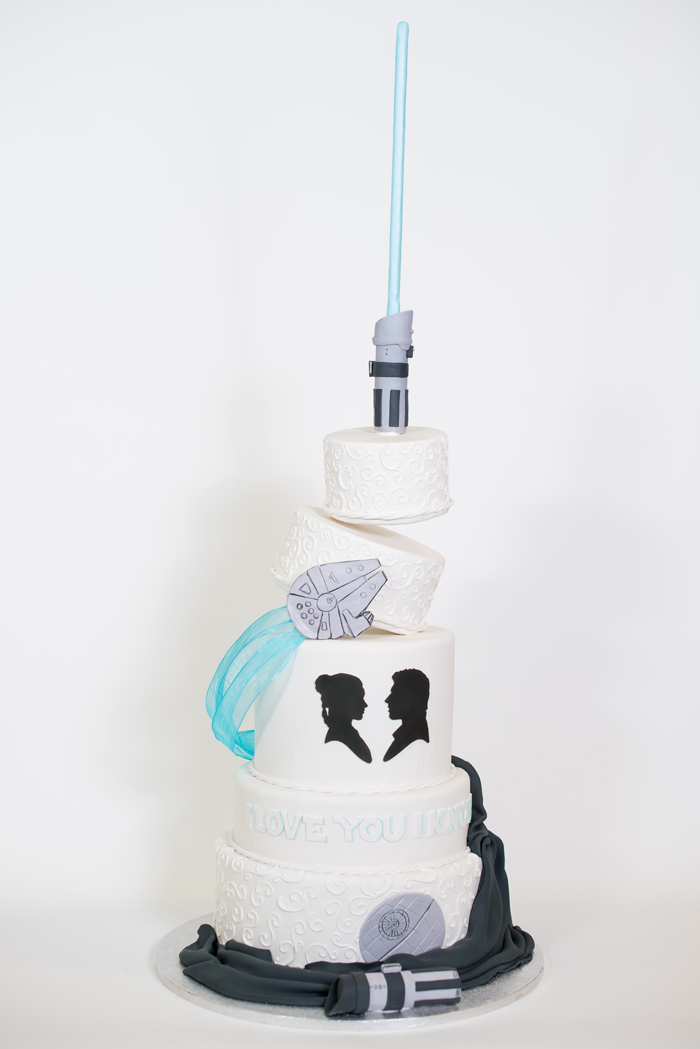 Star Wars Wedding Cake.Blockbuster Movie Inspired Wedding Cakes Today S Bride
