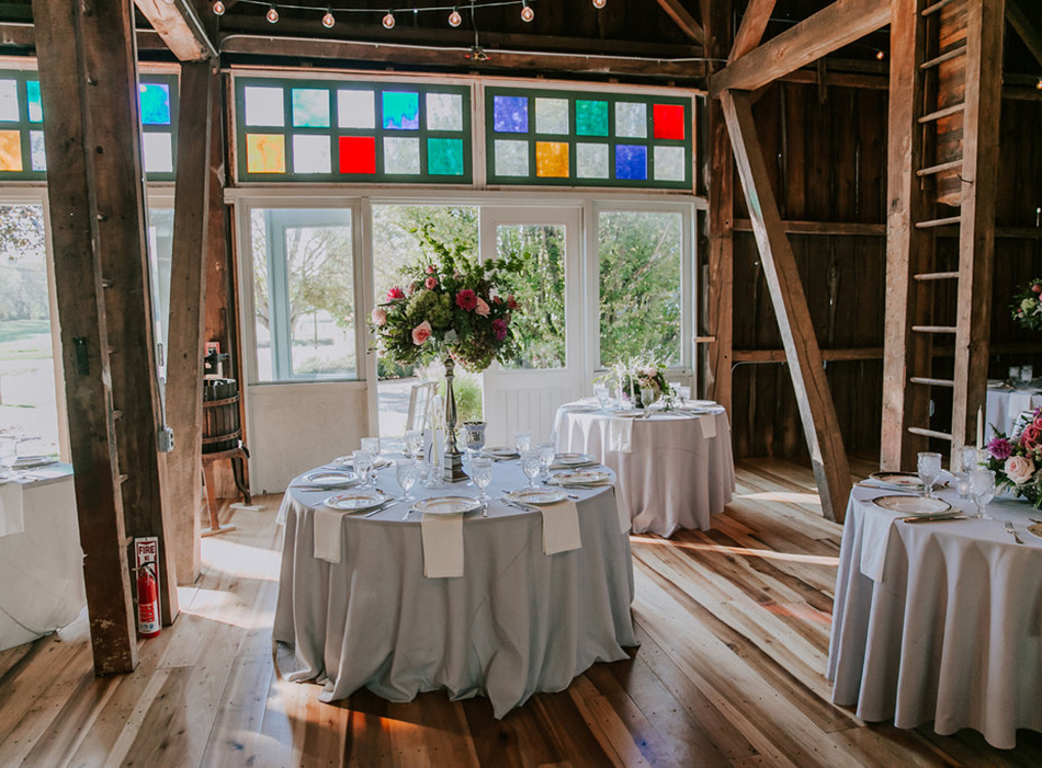 Barn at Wolf Creek | As seen on TodaysBride.com