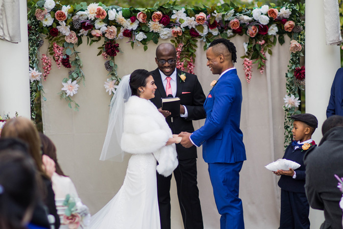 Wedding Officiant | JazzyMae Photography | As seen on TodaysBride.com