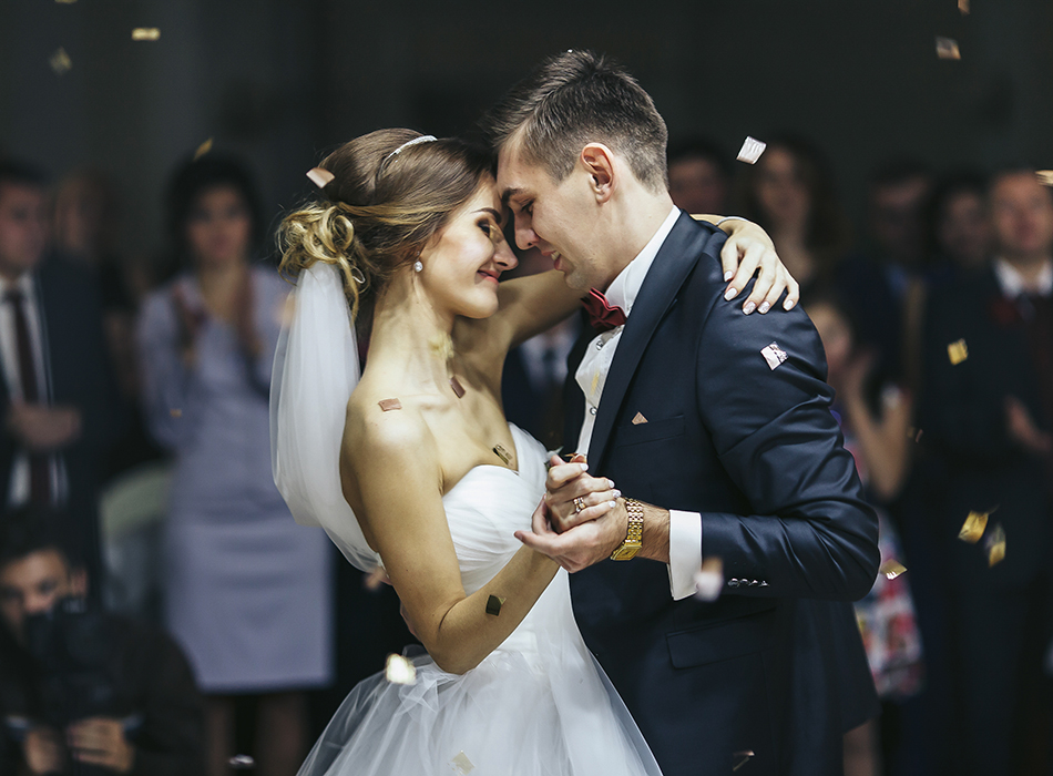 Absolutely Unbelievable Entertainment | As seen on TodaysBride.com