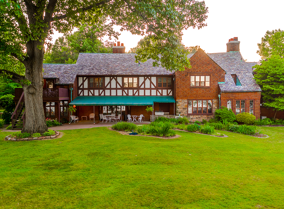 Tudor House on the Portage Lakes Waterfront | As Seen On TodaysBride.com