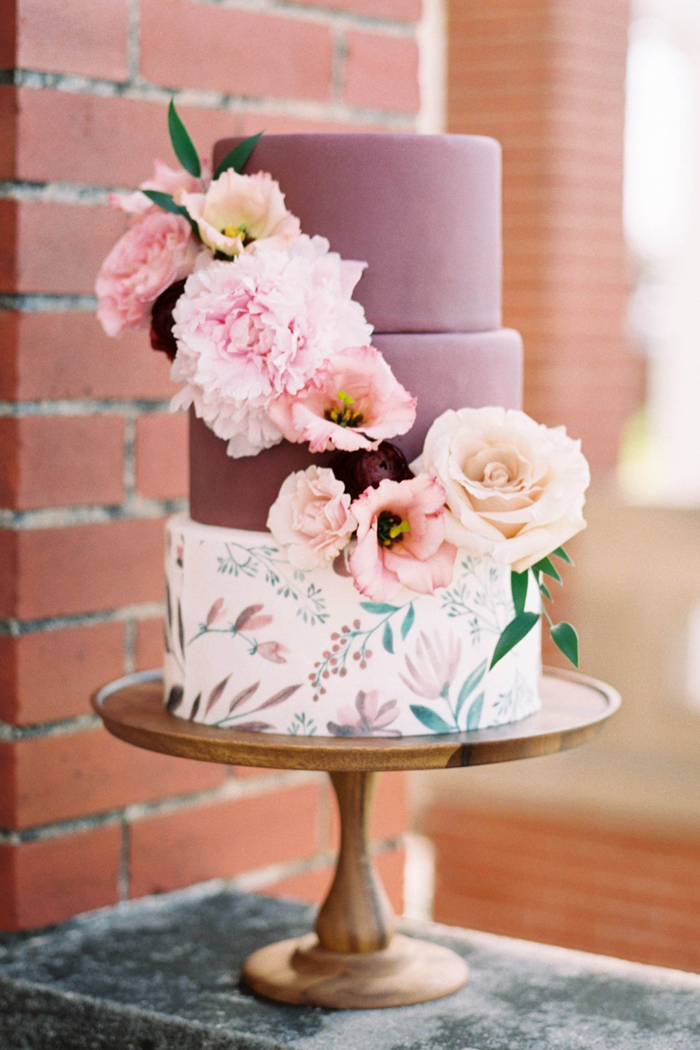 Wedding Cake | Jar Cakery | Nicole Berrett Photography | As seen on TodaysBride.com
