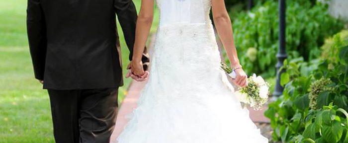 An Intimate Weekend Wedding Getaway at Donna's Premier Lodging