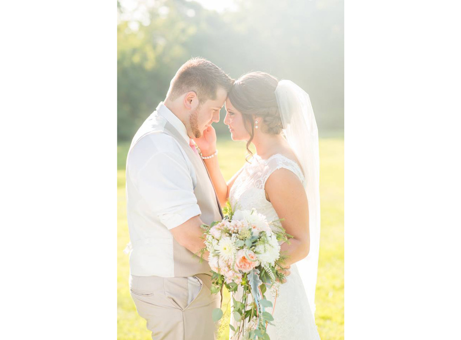 Jodi Hutton Photography | As Seen On TodaysBride.com