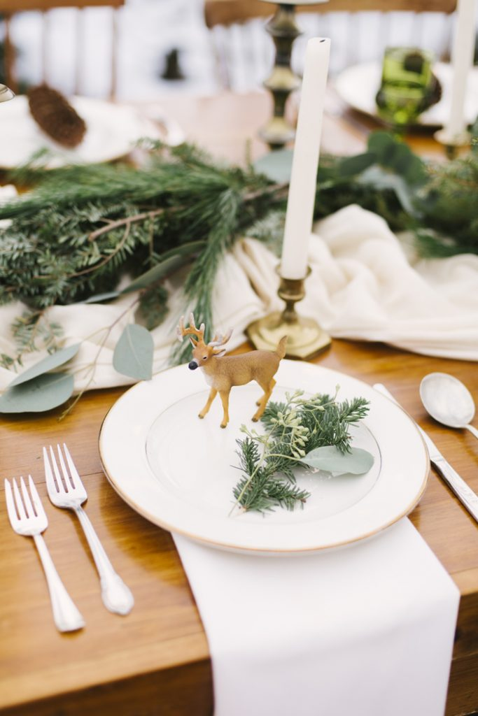 Christmas Wedding | Alicia King Photography | As seen on TodaysBride.com
