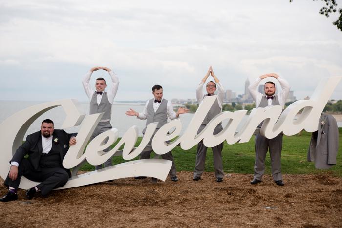 Northeast Ohio Wedding | Jadie Foto | As seen on TodaysBride.com