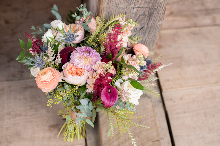 Wedding Flowers | Sabrina Hall Photography | As seen on TodaysBride.com
