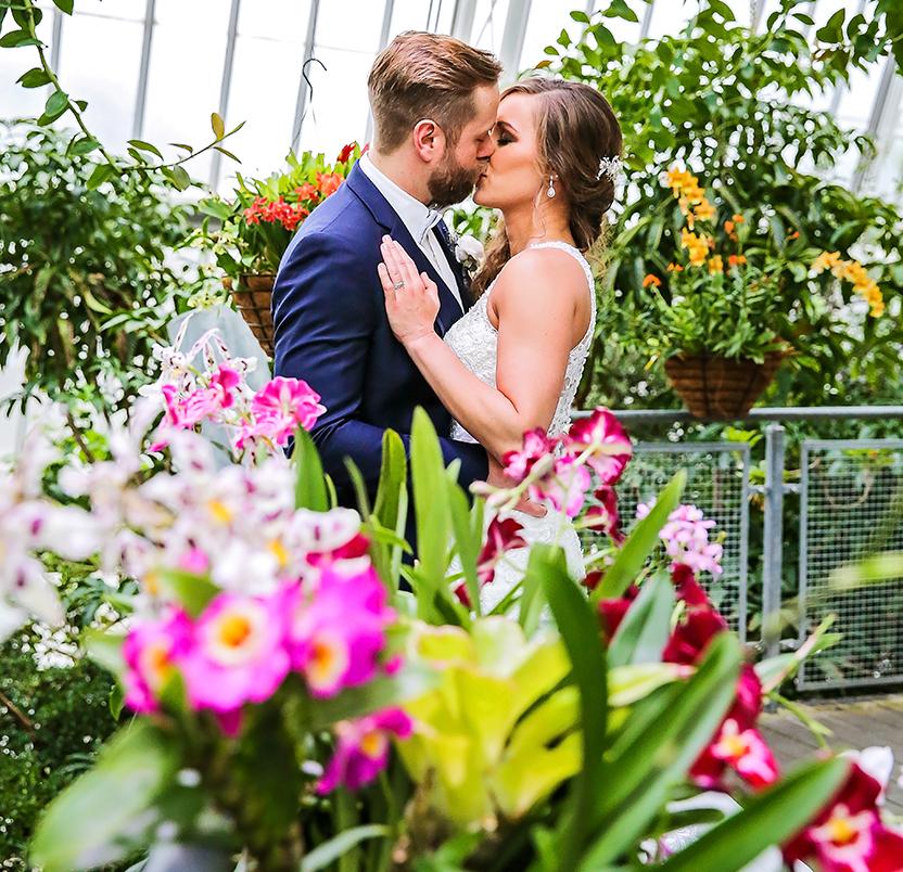 Jessica & Tim's Tropical Winter Real Wedding