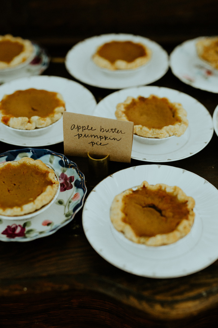Wedding Pie | Trin Jensen Photography | As seen on TodaysBride.com