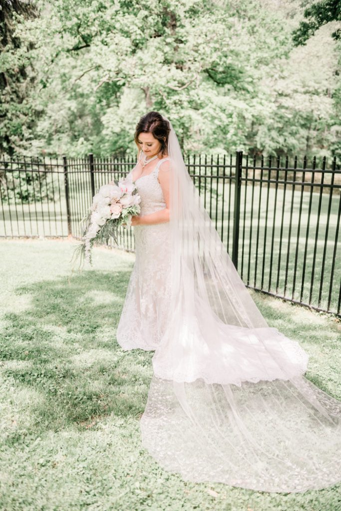 Garden Wedding | Balsam & Blush Photography | As seen on TodaysBride.com